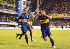 Marcelo Meli festejando su gol.