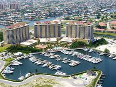 Cape Coral Vacations on the Florida Gulf Coast, next to Fort Myers