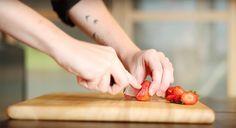 Dans les coulisses de VG Pâtisserie : interview de Bérénice Leconte pour découvrir les secret de la 1ère pâtisserie végétale avec options sans gluten de Paris ! http://www.sweetandsour.fr