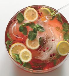 pomegranate champagne punch-refreshing for a shower