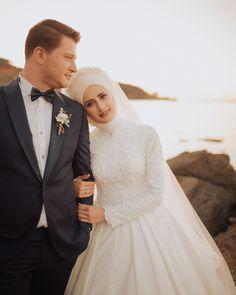 Medine Ahmet Sizde en güzel ve en özel gününüzün bizim karelerimizle ölümsüzleşmesini dilerseniz iletişim whatsapp 0553 614 3318 bizlere ulaşabilirsiniz#gelin#damat#düğün#düğünçekimi#düğünfotoğrafı#düğünfotoğrafçısı#gelinlik#gelincicegi#gelindamat#wedding#wedding_life#weddingphotography#iyigeceler#weddingphoto#love#couple#istanbul#türkiye#canon#günaydın