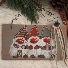 """Mi piace"": 41, commenti: 3 - IntusArt (@intusart) su Instagram: ""#elves #christmas #giftideas #gettingready #xmas #2018 #pebbleart #handmade #handpainted…"""