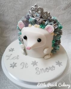Hedgehog Cake, Christmas Fairy, Snowflake Designs, Awesome Cakes, Snowflakes, Baking, Desserts, How To Make, Instagram