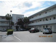 13105 IXORA CT North Miami FL 33181