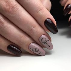 Each day manicure artists come up with a different idea and we are always trying to bring the best ones to you, I am… Read Creative Nail Designs, Simple Nail Art Designs, Easy Nail Art, Creative Nails, Hot Nails, Hair And Nails, Nail Trends 2018, Witchy Nails, Art Simple
