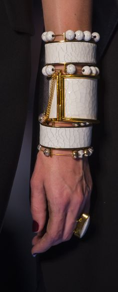 Bangles and bracelets @ Jean Paul Gaultier Fall 2017 Haute Couture Couture Fashion, Fashion Show, Black Gold Jewelry, Gold Jewellery, Ankle Bracelets, Stack Bracelets, Arm Party, Black Love, Jean Paul Gaultier