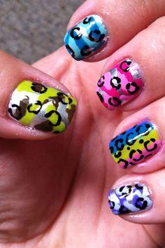 Leopard prints nails <3