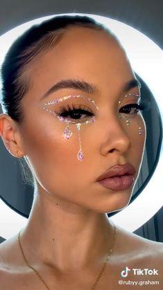 Gem Makeup, Rave Makeup, Edgy Makeup, Makeup Eye Looks, Eye Makeup Art, Pretty Makeup, Skin Makeup, Beauty Makeup, Pretty Halloween Makeup