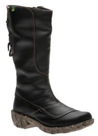 El Naturalista Boots - I keep trying these boots on then not buying them.