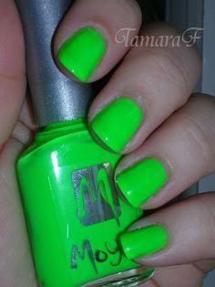 Neon HIT! Moyra nail polish
