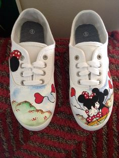Hand painted Mickey and Minnie mouse shoes by MonicaArtGallery