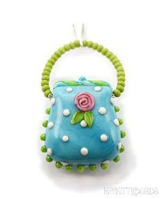 <3 HippKittybeads...blue purse bead