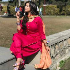 Fashion Tips Outfits .Fashion Tips Outfits Stylish Dress Designs, Designs For Dresses, Stylish Dresses, Punjabi Girls, Punjabi Dress, Salwar Dress, Patiala Suit Designs, Kurta Designs, Dress Indian Style