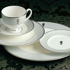 My new favorite china !! On the prowl for all of these