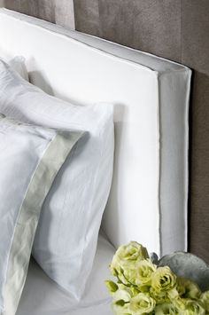 All White Master Bedroom Decorating Ideas - White Master Bedroom Decorating Ideas - Bedding Master Bedroom Oak Bedroom, Guest Bedroom Decor, Bedding Master Bedroom, Master Bedroom Design, Headboard Cover, White Headboard, Headboards For Beds, Decorating Ideas, Bedhead