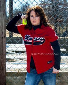 Senior photo session, senior softball session