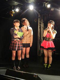 左から re-2の西島舞さん[https://twitter.com/mai_nishijima] re-2の日向聖華さん[https://twitter.com/seeeei_1225] loopの高梨りささん[https://twitter.com/risachan0724]