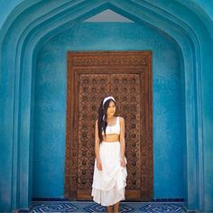 Can I be the queen of this pretty plz 😂 wearing at 💙 . Morocco, Australia, Queen, Photo And Video, Pretty, Outfit Ideas, How To Wear, Travel, Instagram