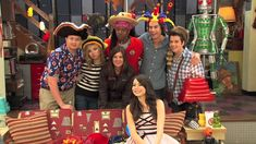 iCarly iGoodbye Behind the Scenes clip! Icarly, Behind The Scenes, Tv, Videos, Youtube, Television Set, Youtubers, Youtube Movies, Television