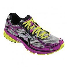 Zapatillas Brooks Ravenna 4 color rosa/amarillo/plata para mujer. La Ravenna 4 es muy popular entre las corredoras y su club de fans sigue creciendo. Ideal para entrenar en asfalto o tierra en medias o largas distancias. En #deporvillage por 103,20 € IVA incl. Te ahorras: 26,80 € = 21%