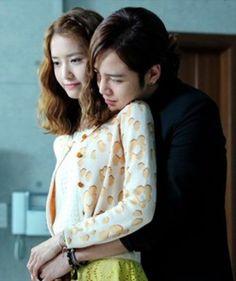 The best Kdramas for romance Love Rain Drama  - Seo-Joon (Jang Geun Suk) andKim Ha-Na (Yoona)