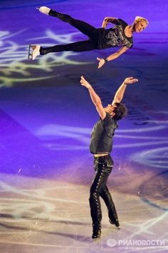 Tatyana Volosozhar / Maxim Trankov, World Figure Skating Championships 2012