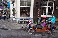 Daily image from Amsterdam: tricycle on the Vijzelgracht.