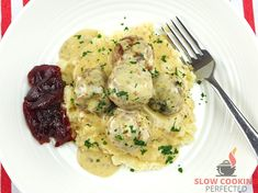 Creamy Slow Cooker Swedish Meatballs - Slow Cooking Perfected Slow Cooker Recipes, Crockpot Recipes, Ground Meat, Dinner Dishes, Slow Cooking, Crock Pot, Risotto, Pork, Stuffed Peppers