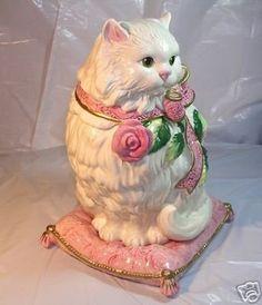 Cat Cookie Jar, Cat Cookies, Cookie Jars, Year Of The Rabbit, Vintage Cookies, Poodles, Vintage Roses, Cat Love, Vintage Ceramic