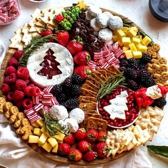 Christmas Snacks, Christmas Brunch, Christmas Appetizers, Holiday Treats, Holiday Recipes, Xmas, Thanksgiving Snacks, Holiday Desserts, Christmas Eve