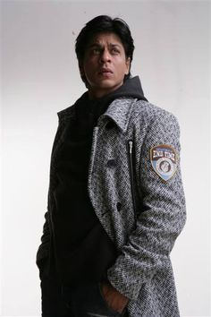 "Embedded image permalink-SRK in Anupama Chopra's Book ""King of Bollywood."""