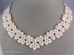 Scalloped_Pearl_Necklace