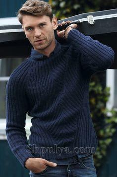 Мужской пуловер с рукавами реглан и узором в рубчик