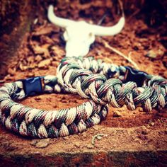 Special Forces Jungle Green Camo & Desert Camo #Paracord #Survival #Bracelet Set (Including limited edition miniature #resin #bull #skull) by UltimateAdventureCo on Etsy
