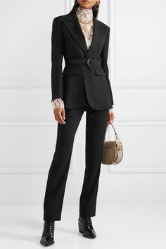 Chlo¨¦ Belted Crepe Blazer - Black , Casual Work Outfits, Professional Outfits, Work Attire, Work Casual, Cute Outfits, Blazer Fashion, Suit Fashion, Work Fashion, Fashion Outfits