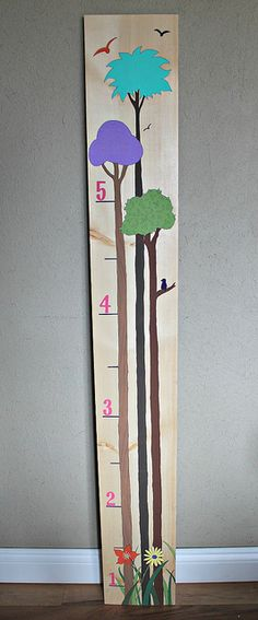 DIY Growth Chart by Casa-de-Christine NTS: combine with the other 2 (giraffe & glue hinges to make it foldable)