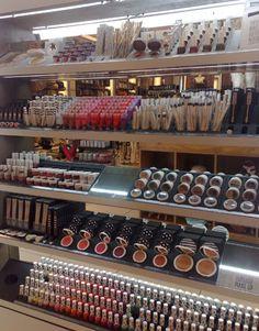 Topshop make-up range. WOW