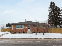 13616 61 Street in Edmonton: Zone 02 House for sale : MLS(r) # Lucky Streak, Double Garage, In Law Suite, Full Bath, Open Concept, Renting A House, Open House, Entrance, Real Estate