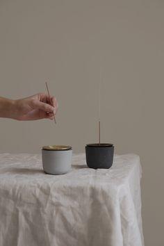 José Bermúdez designs Fuji incense holder influenced by volcanic eruption Famous Architects, Mexican Designs, Incense Holder, Incense Sticks, Fuji, Studio, Industrial Design, Goodies, Decoration