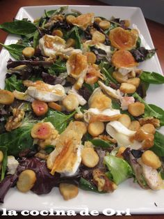 LA COCINA DE ORI: ENSALADA TEMPLADA DE POLLO Y QUESO DE CABRA Salad Recipes, Healthy Recipes, Vegan Snacks, Pasta Salad, Salads, Food And Drink, Veggies, Healthy Eating, Favorite Recipes
