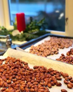 Aldrig har det været lettere at lave brændte mandler. Med denne opskrifter tager det faktisk kun 5 minutter i mikroovnen at lave brændte mandler Fall Recipes, Holiday Recipes, Dog Food Recipes, Snack Recipes, Healthy Candy, Healthy Snacks, Tapas, Low Carb Köstlichkeiten, Super Bowl Essen