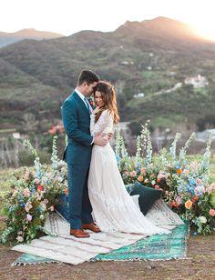 floral half circle // wedding backdrop