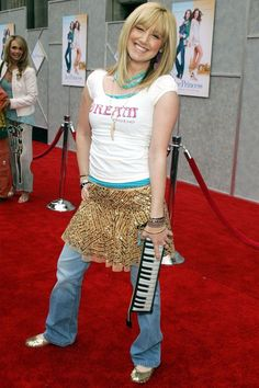 The Worst Early Fashion and Outfits - Celebrity Outfits From Early fashion trends The 50 Craziest, Most Cringe-Worthy Outfits Celebrities Wore In The Early 2000s Trends, 2000s Fashion Trends, Early 2000s Fashion, 90s Fashion, Fashion Outfits, Trends 2018, Stylish Outfits, Fashion Women, Cara Delevingne
