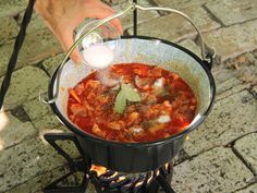Dutch Oven, Chana Masala, Chili, Food And Drink, Cooking Recipes, Favorite Recipes, Meals, Ethnic Recipes, Foods