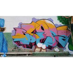 More details of the work, place and artist: http://streetartrio.com.br/artista/blopa-artistas/compartilhado-por-__blopa-em-mar-23-2015-1109/ /  #art #artederua #arteurbana #artist #artoftheday #blopa #bomb #bombing #bombingbrasil #galeriacéuaberto #graffiti #graffitiart #graffitirio #graffitiwall #grafite #makeart #olheosmuros #riodejaneiro #rj #rua #sprayart #streetart #streetartrio #tags #tagsandthrows #throwsup #throwsupz #urbanart #vandal #vscocam #streetphotography #buildinggraffiti…
