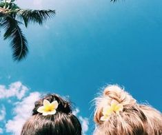 best friends on vacation together. Photos Bff, Friend Pictures, Summer Goals, Summer Of Love, Summer With Friends, Summer Beach, Ocean Beach, Beach Pictures, Cute Pictures