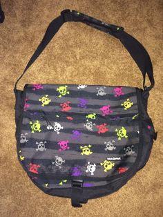 YAK PAK Girls Messenger Bag Black w / Skulls Book Bag Great Condition #YakPak #MessengerShoulderBag