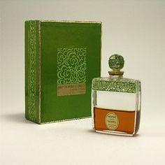 1930 Lionceau Parfum Pour Blondes Perfume Bottle Z