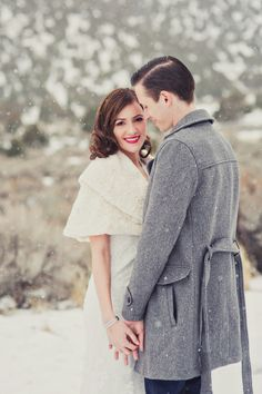 Vintage wedding hair and make-up. Snowy Wedding, Winter Wedding Hair, Vintage Wedding Hair, Winter Wonderland Wedding, Rustic Wedding Dresses, Winter Weddings, Vintage Weddings, Couple Photography Poses, Wedding Photography