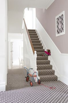The Alternative Flooring Quirky B Spotty Grey Carpet is an understated, natural addition to any room of your home. Patterned Stair Carpet, Textured Carpet, Plush Carpet, Diy Carpet, Carpet Ideas, Modern Carpet, Wool Carpet, Carpet Trends, Cheap Carpet